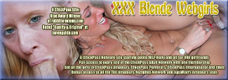 XXX Blonde Webgirls